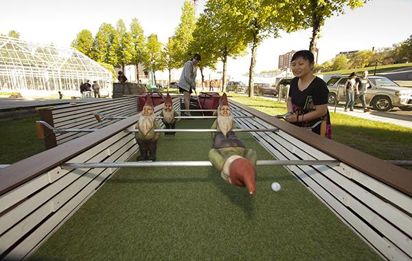 Nicola Cerpenter, Susanne Dehnhard Carpenter and Bryan Carpenter, Minneapolis Sculpture Garden