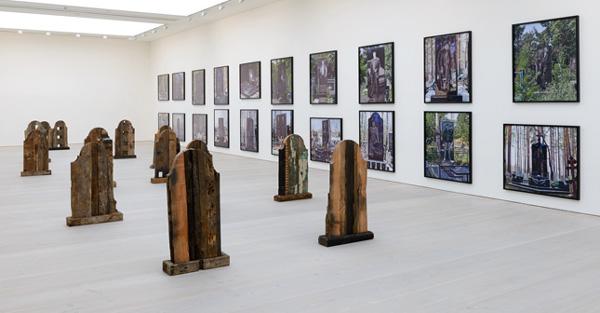 Installation view, Saatchi Gallery