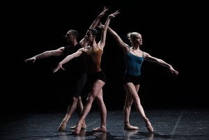 Imagine an Italian dance company and its cultural heritage, than put it on the European contemporary scene. Give it the chance to work with two of the most renowned choreographers, one from the US and one from Sweden, and see. The interpretation given by the Aterballetto of all these different languages mixed with a balanced, …
