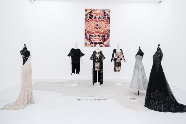 Paola Balzano, opera di Maurizio Donzelli, Galleria Giacomo Guidi