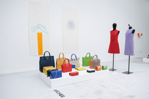 Designer Borgenni, opera di Diego Espos, Galleria Giacomo Guidi