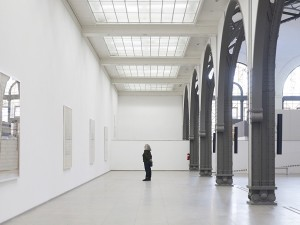 Susan Philipsz, Part File Score, 2014. Installation view Hamburger Bahnhof, Berlin 2016. Courtesy the artist and Galerie Isabella Bortolozzi, Berlin.