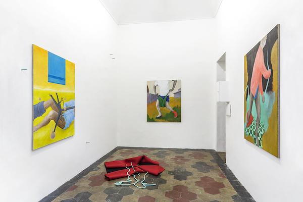 Sara Enrico, Andrea Respino, Mai un vestito dunque, adeguato, 2019. Installation view at Quartz Studio, Torino 2019.